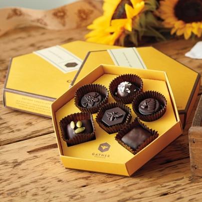 gather_gift_boxes_web
