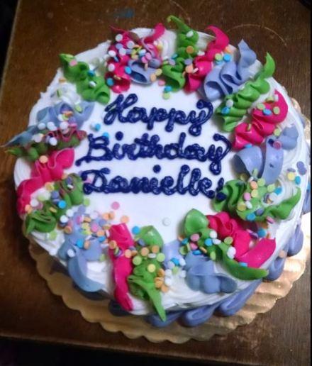 Danielle cake snip